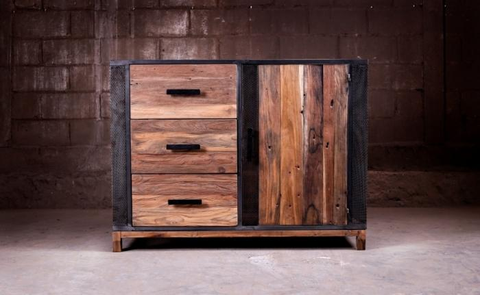 achat buffet chic 120 cm l gant et raffin un design tr s r ussi pour ce meuble en bois recycl. Black Bedroom Furniture Sets. Home Design Ideas