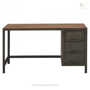 bureau en bois recycl et m tal dans le style atelier. Black Bedroom Furniture Sets. Home Design Ideas