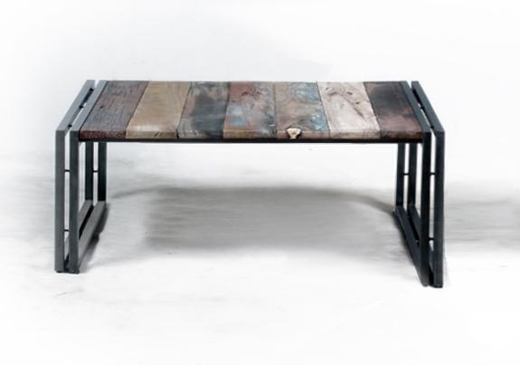 Vente table basse carr e en m tal et bois recycl un for Table basse pour chambre