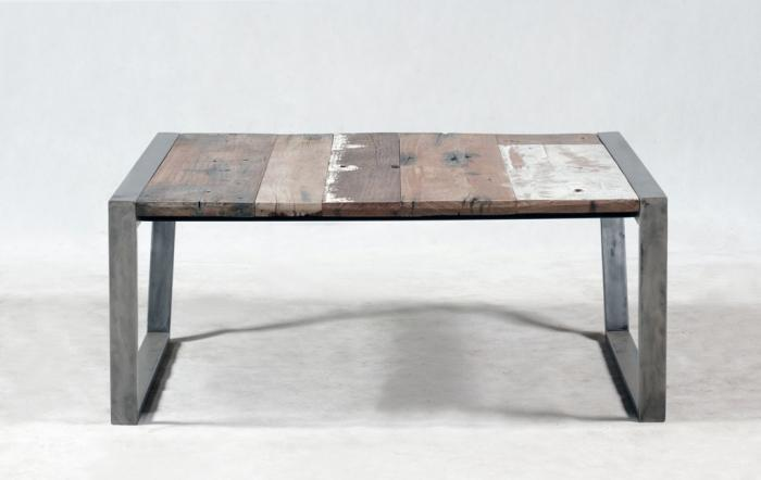 Table basse industriel et vintage fabriqu partir de for Coffee table 80cm x 80cm
