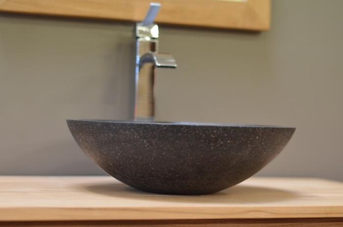 vasque terrazzo ronde vasque poser en terrazzo de couleur noire. Black Bedroom Furniture Sets. Home Design Ideas